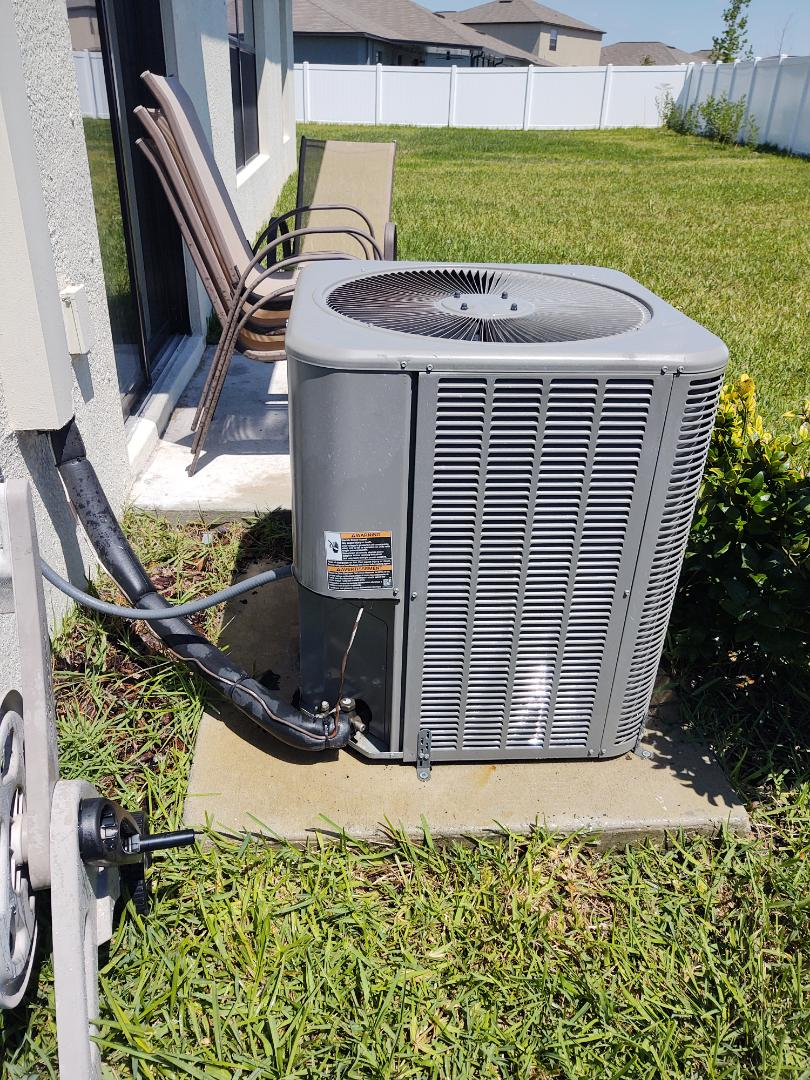 Wimauma, FL - Maintenance on lennox air conditioning system