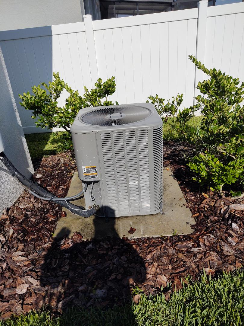 Riverview, FL - Maintenance on lennox air conditioning system