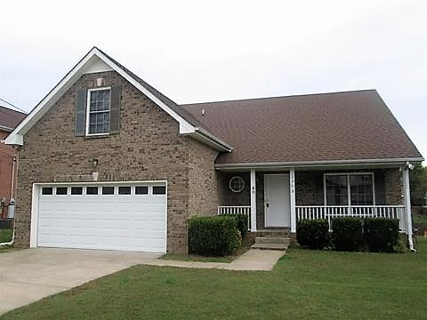 Clarksville, TN - Roof Replacement