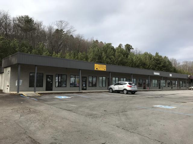 Cleveland, TN - Blue Springs Plaza Roof Replacement - Commercial