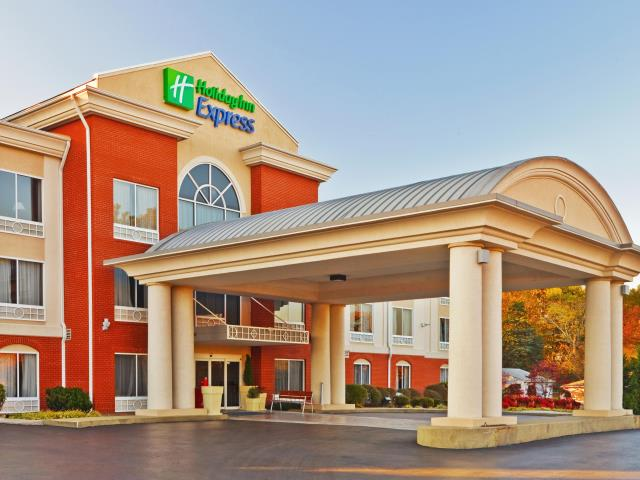 Chattanooga, TN - Holiday Inn Express - Roof Replacement - Commercial