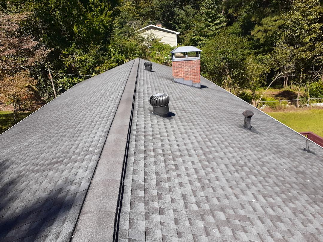 Atlanta, GA - Roof inspection.  Active leaks. Roof repairs. Architectural moire black landmark shingles.