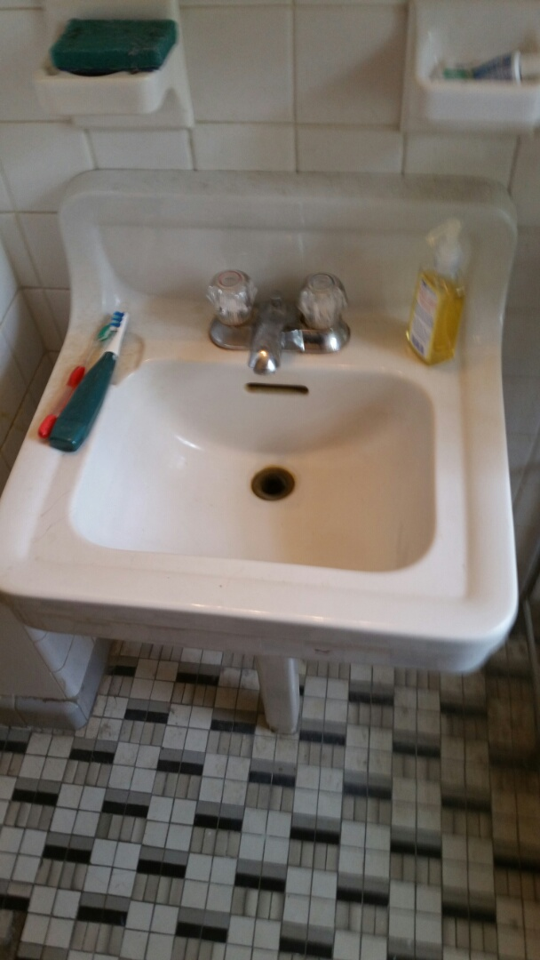 Naperville, IL - Rod vanity sink
