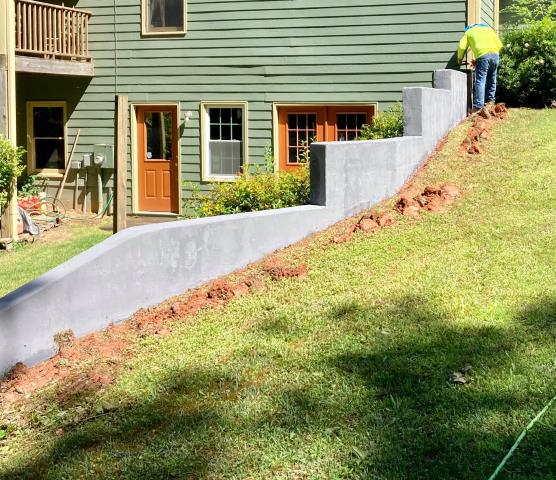Duluth, GA - Do you have a retaining concrete wall in your backyard that your looking to revamp? Our systems can transform your concrete fast and easily! Fix those cracks and blemishes in not time!