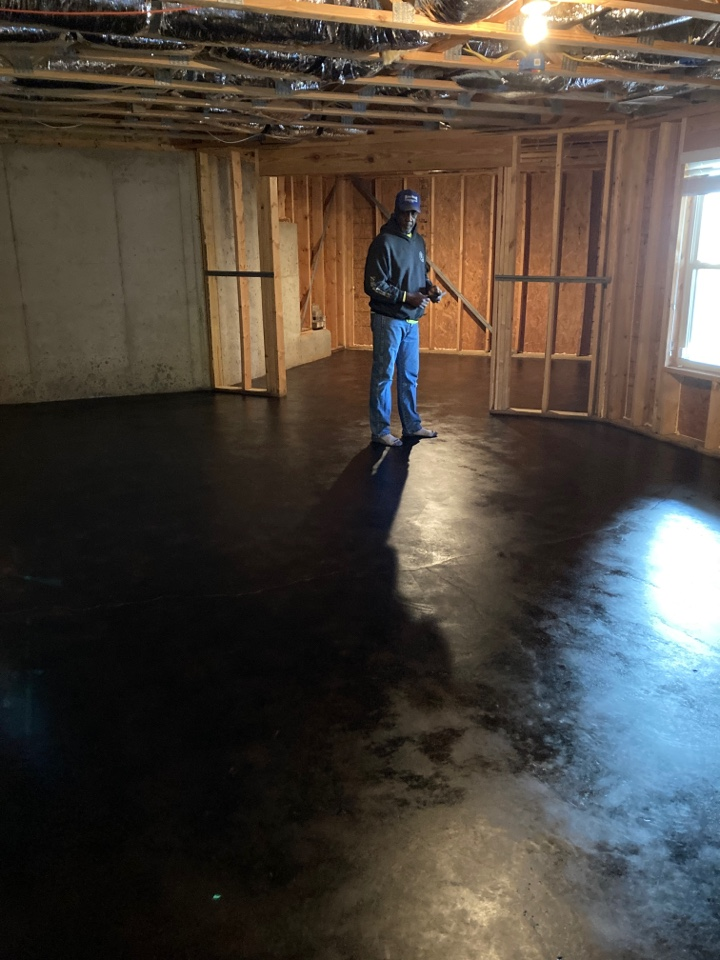 Woodstock, GA - We are out here in Woodstock Georgia, working on finishing these stained concrete floors!