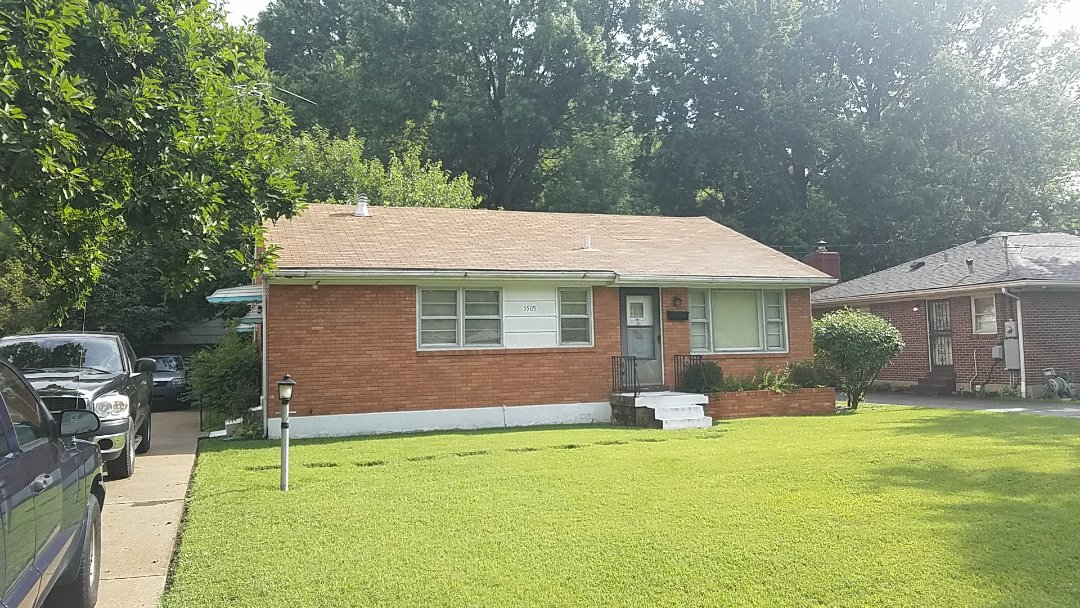 Louisville, KY - Old roof. Wants replacement