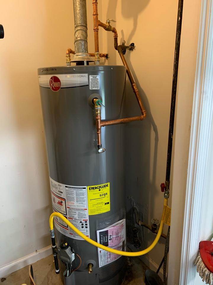 Roswell, GA - New 50 gal gas Rheem professional series water heater installed.