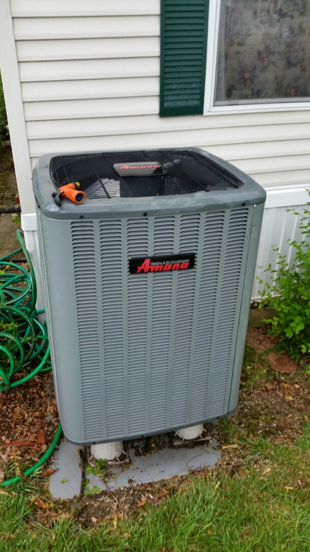 Gaines, MI - Perform air conditioning maintenance on Amana heat pump