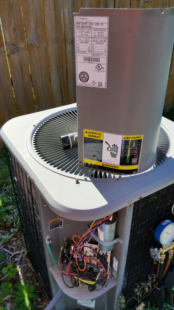 Burton, MI - Lennox heat pump maintenance