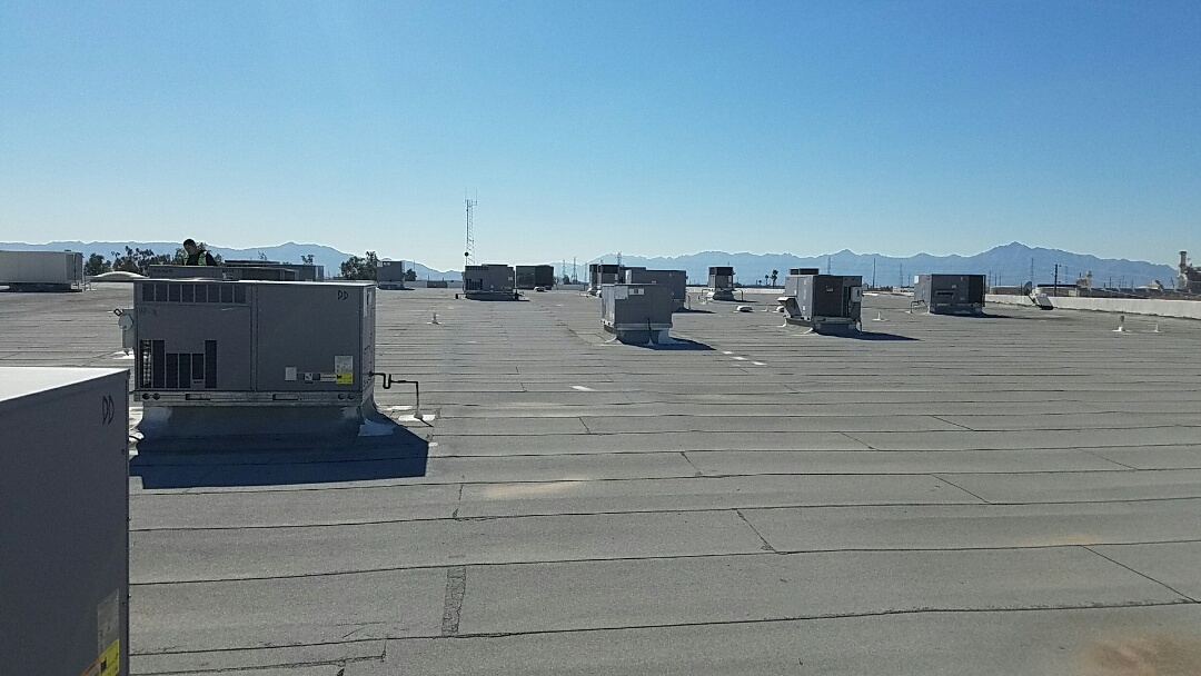 Phoenix, AZ - Multiple unit Day & Night Commercial Heat Pump Maintenance.