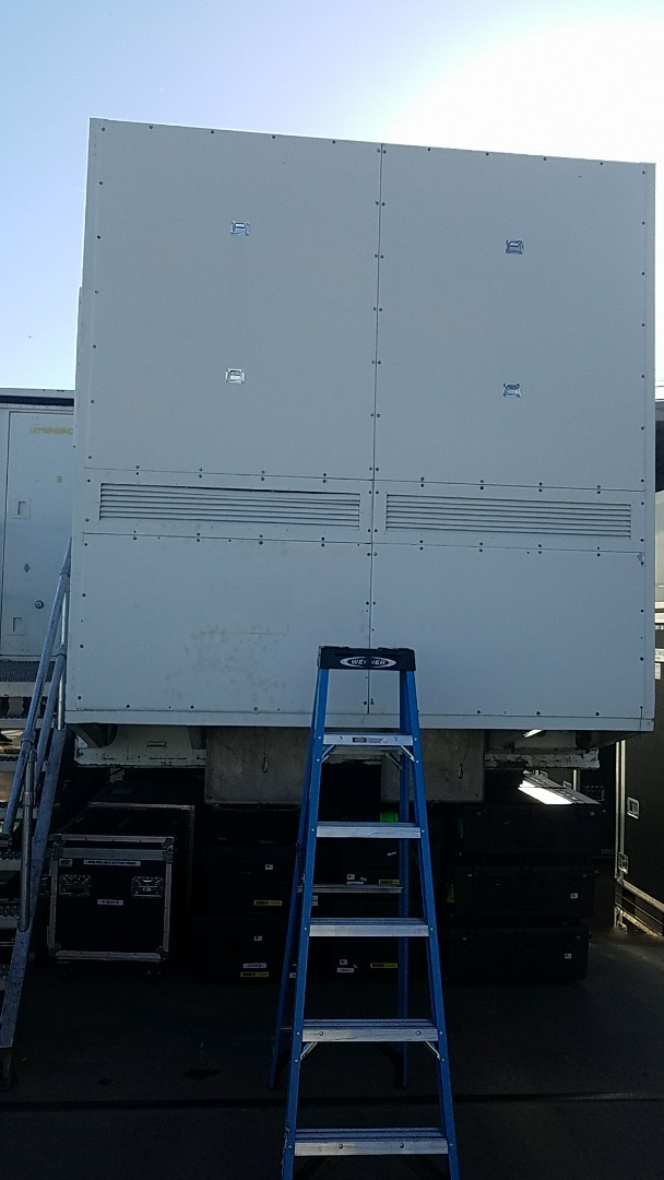 Glendale, AZ - Troubleshooting failed TAC unit for Sports Television Broadcast Trailer.
