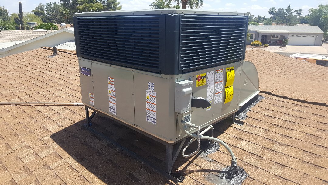 Sun City, AZ - Quality control inspection of newly installed American Standard (Trane) package air conditioning unit.