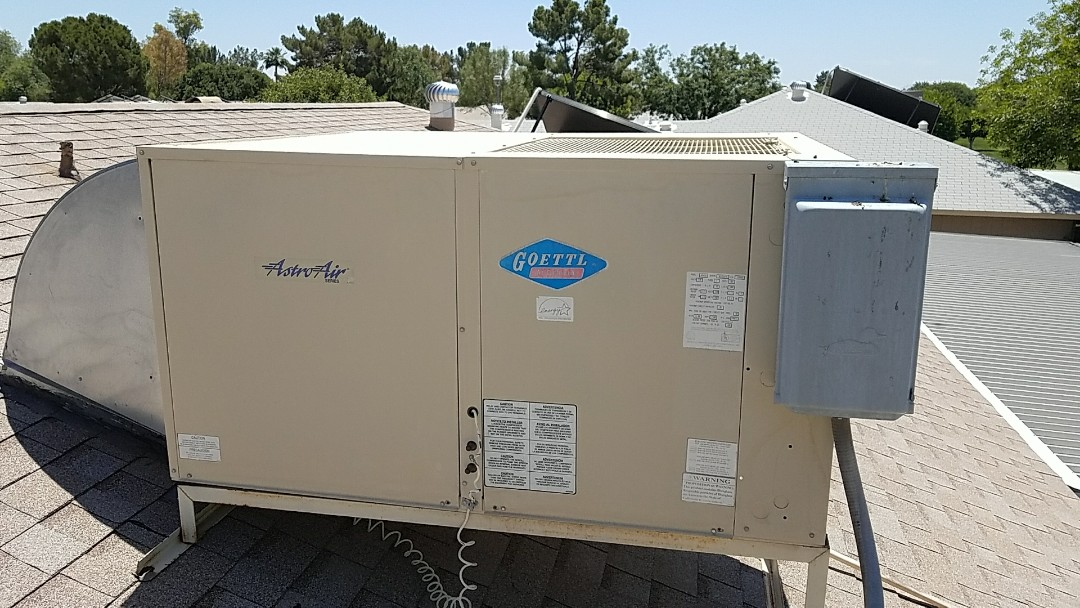 Sun City, AZ - Seasonal Cooling maintenance on Goettl rooftop packaged Heat Pump system for Grand Canyon Home Services Care Club Member