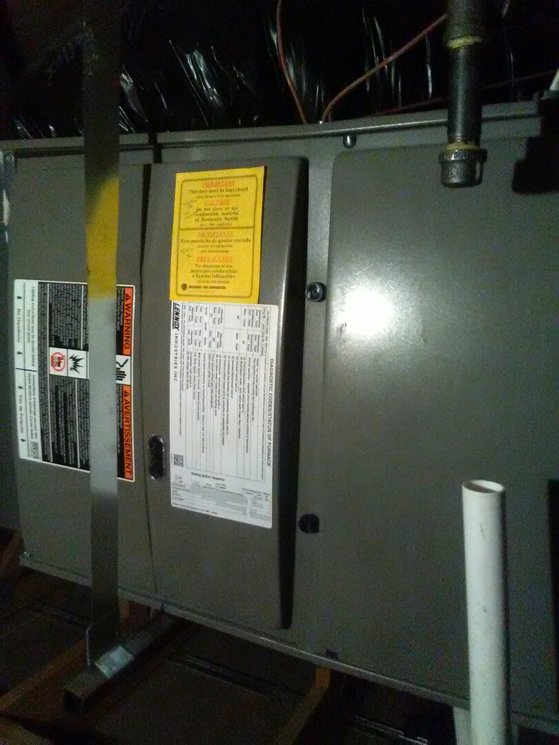 Buckeye, AZ - A/c maintenance on a split system Lennox.