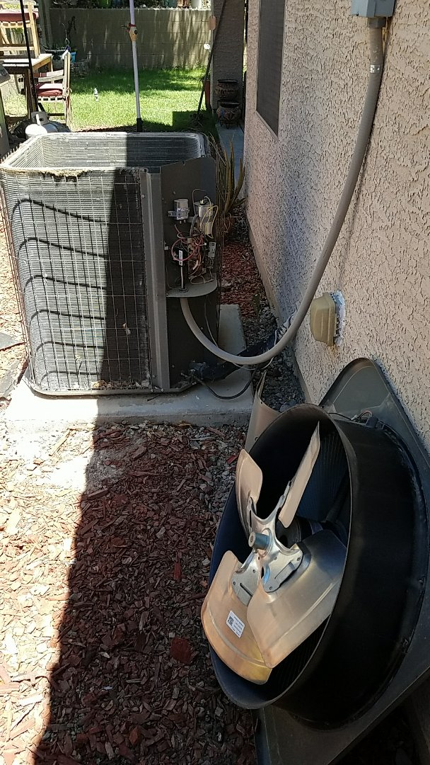 Buckeye, AZ - Outdoor fan motor replacement on Lennox Heat Pump system.