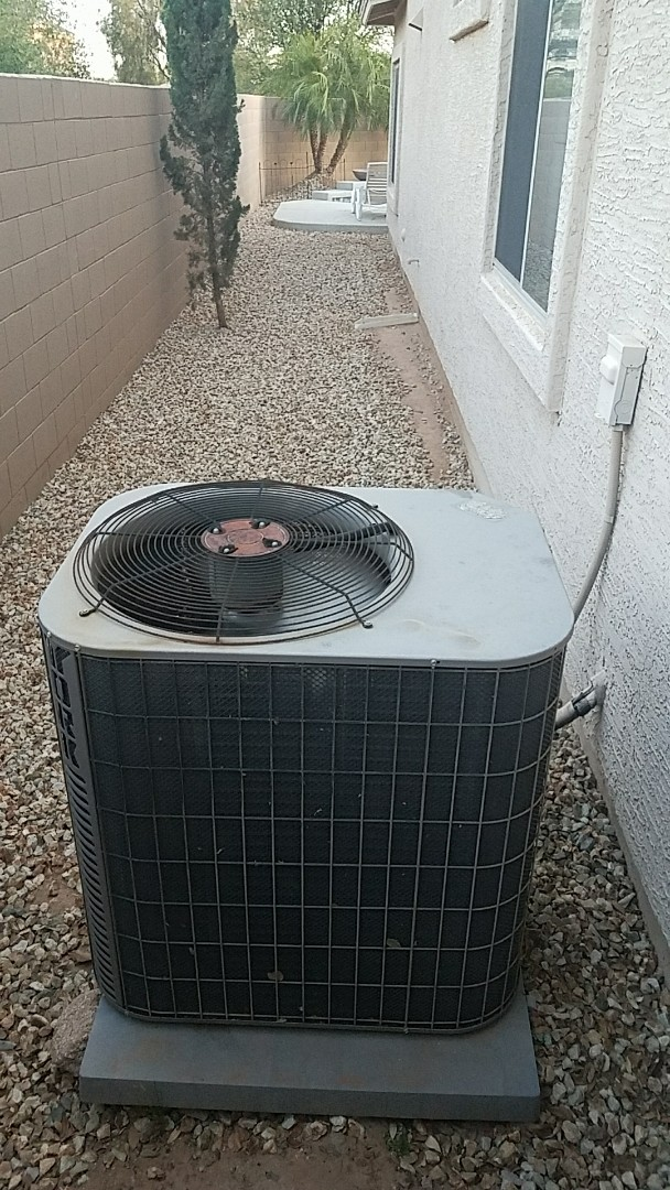 Surprise, AZ - Replaced failed Voltage Absorbtion Element on York Straight Cool Condenser.