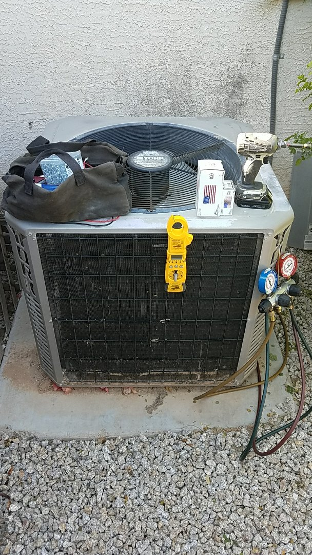 Surprise, AZ - Diagnostics and repair for York Split System Heat Pump!