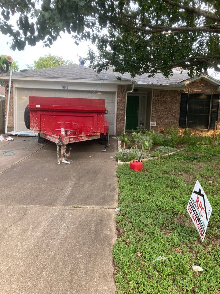 Round Rock, TX - Roof replacement for hail damage