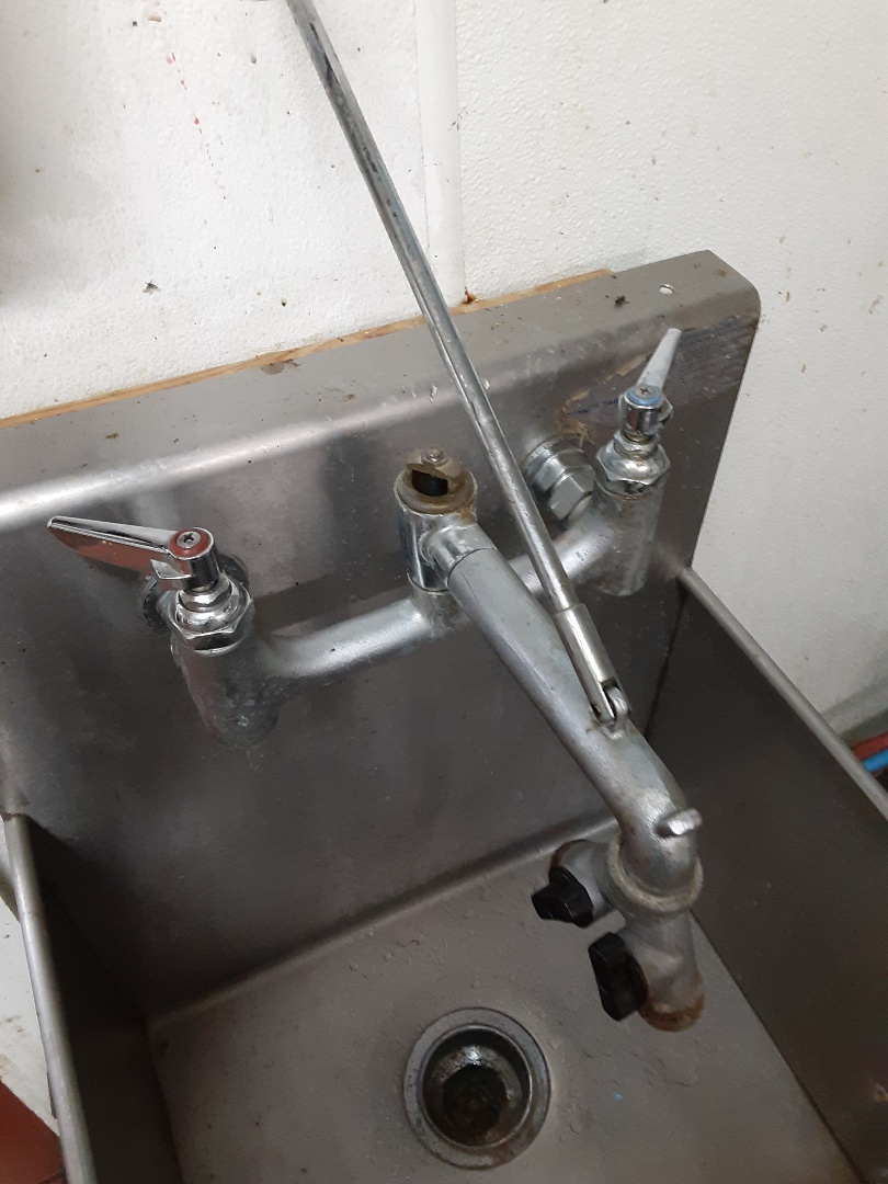 Fairhope, AL - Sinks and  drains and others