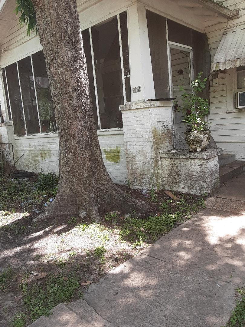 Mobile, AL - Plumbing services on sewer lines stoppage in Mobile Ala