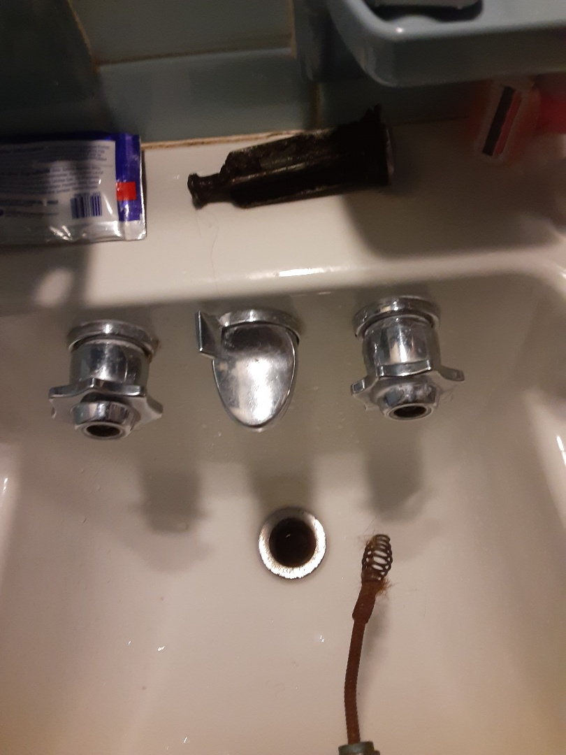 Mobile, AL - Plumbing services on sink drain stoppage in Mobile Ala