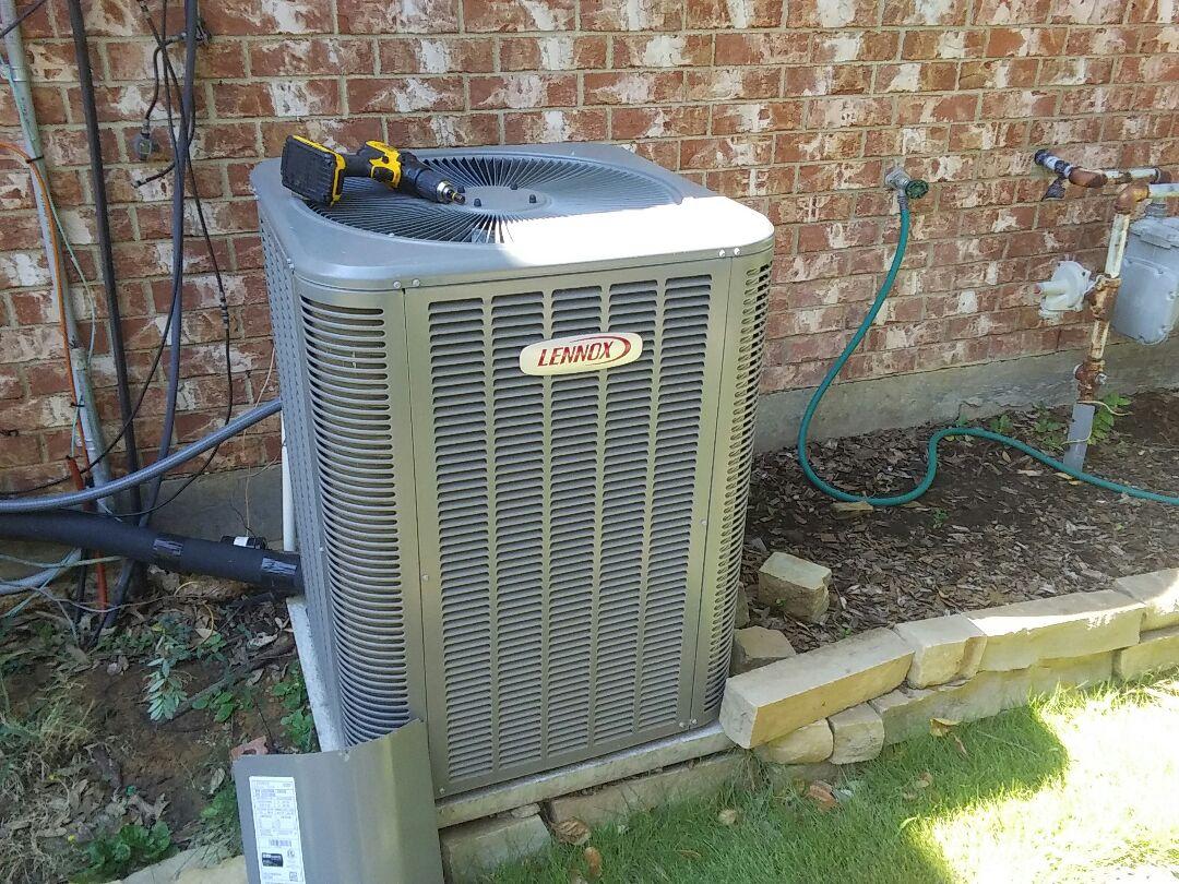 Flower Mound, TX - Maintenance on Lennox air conditioner
