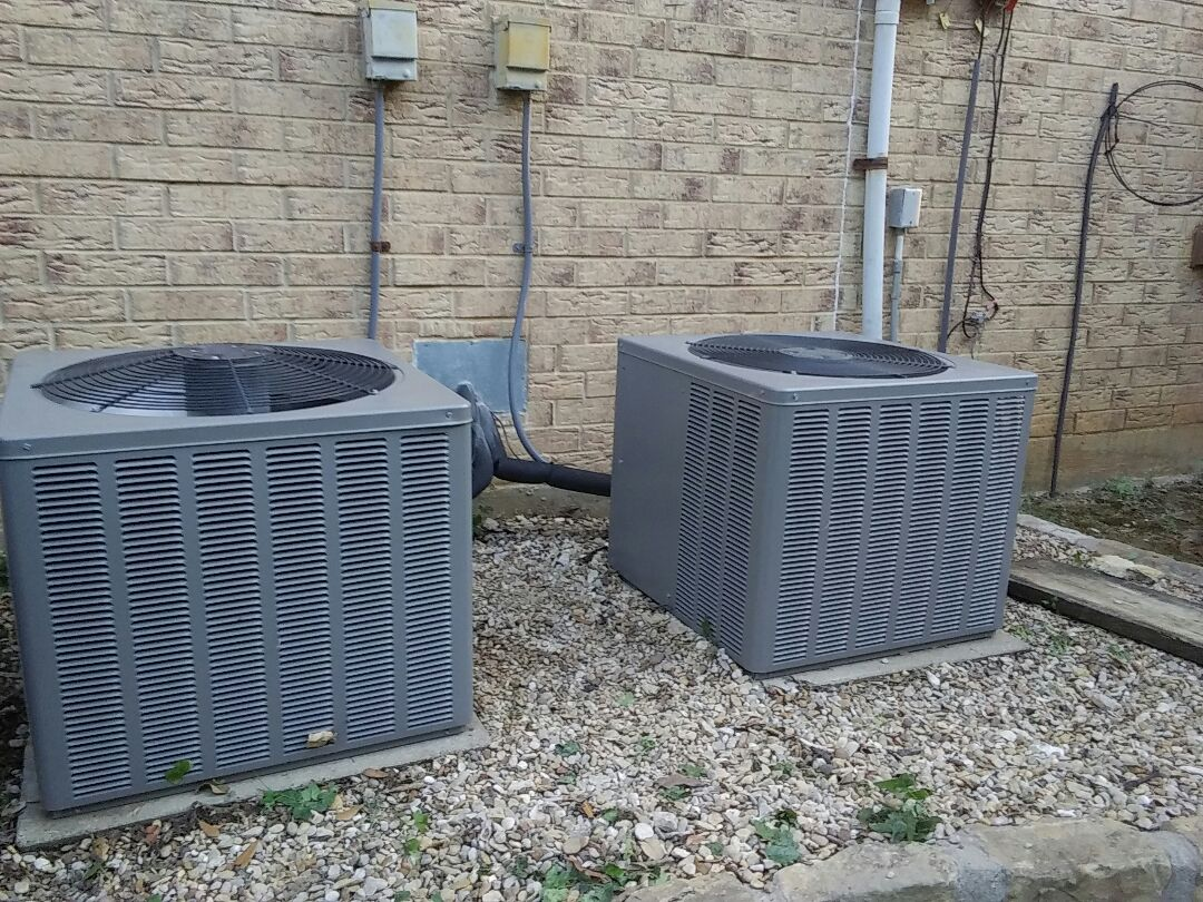 Grapevine, TX - Service on a Rheem air conditioner