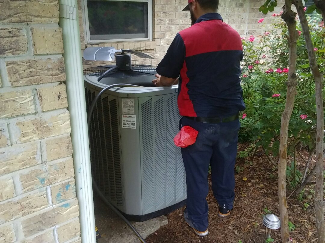 Lewisville, TX - Winter maintenance on a Lennox furnace