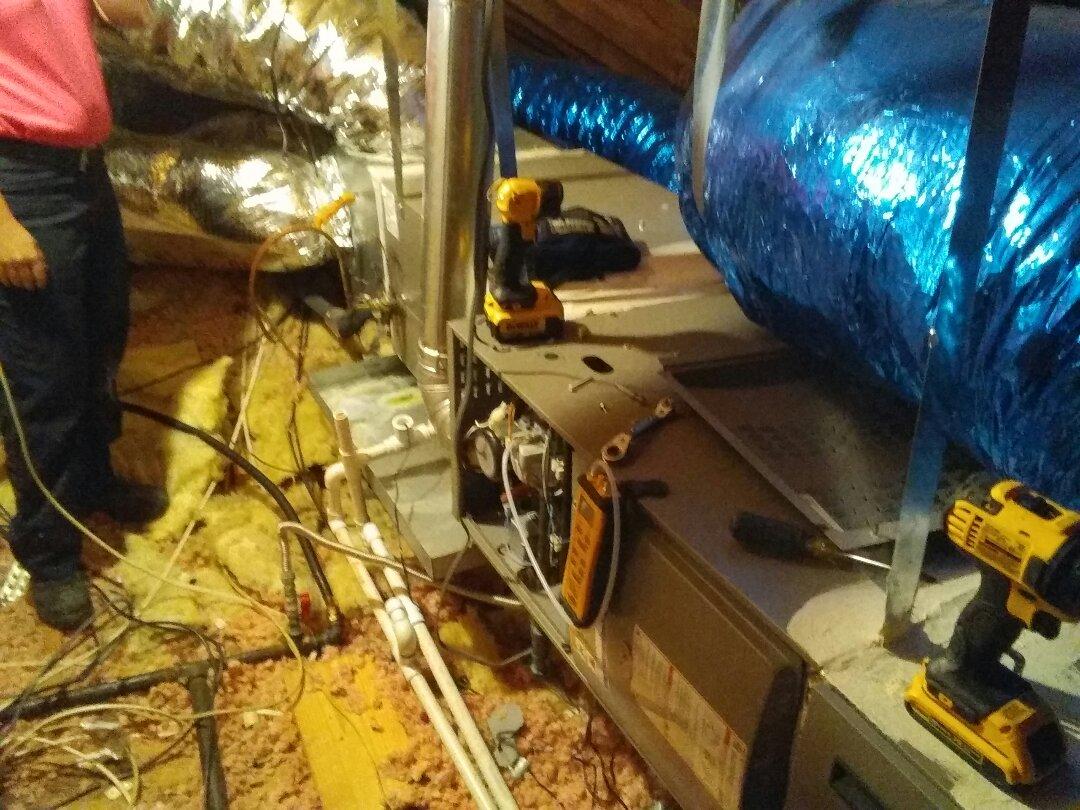 Carrollton, TX - Maintenance on a Lennox Furnace