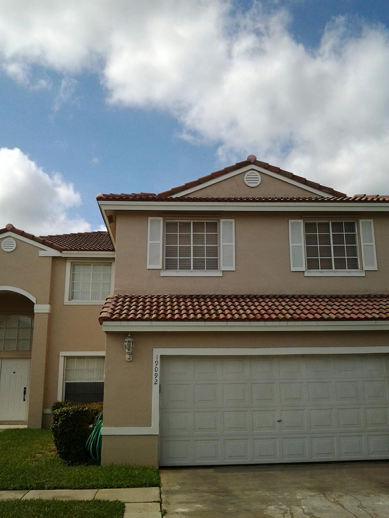 Pembroke Pines, FL - Roofacide roof