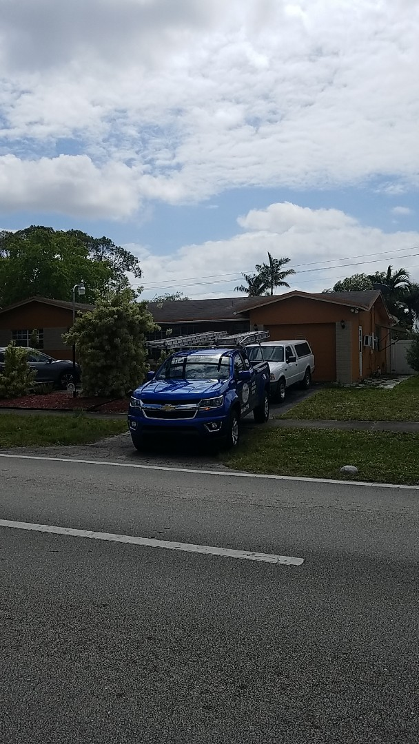 Hollywood, FL - GAF timberline HD shingles reroof estimate by Earl Johnston Roofing Company