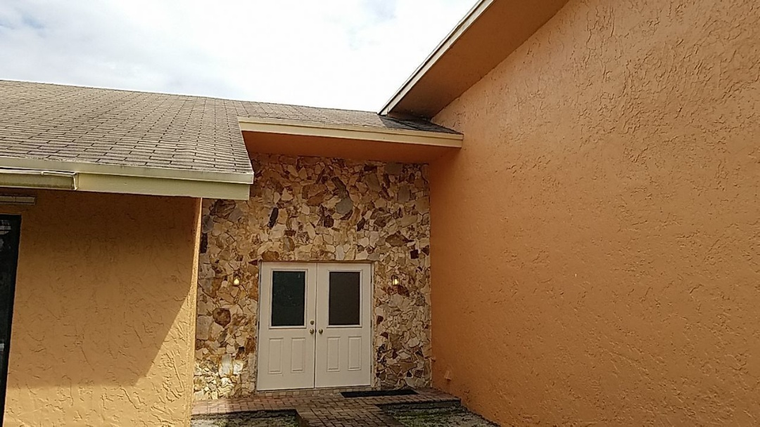 Lauderhill, FL - Gaf Timberline hd shingle re-roof estimate in Lauderhill, Florida