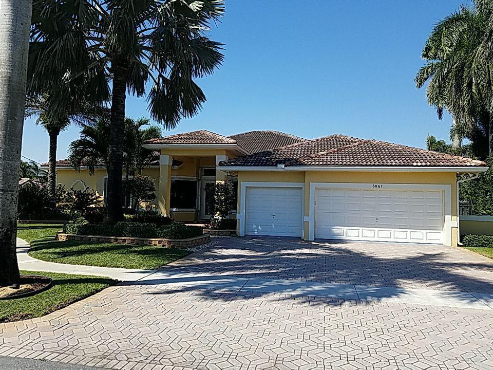 Plantation, FL - Tile re-roof estimate in Plantation, FL