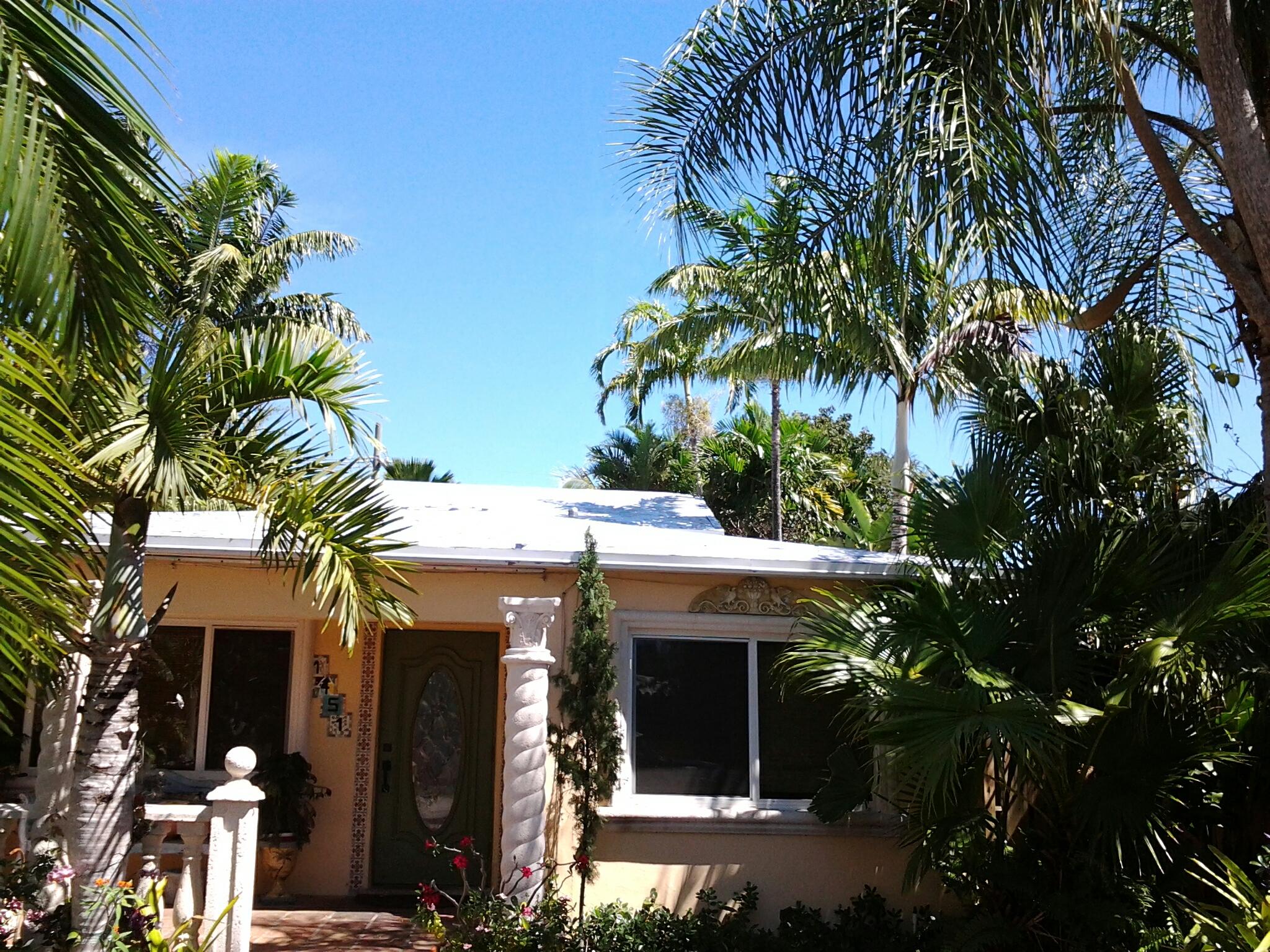 Weston, FL - Stucco work on roof