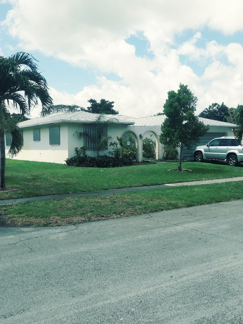 Pembroke Pines, FL - Finished gaf timberline shingle roof and tpo flat roof by earl w Johnston roofing llc