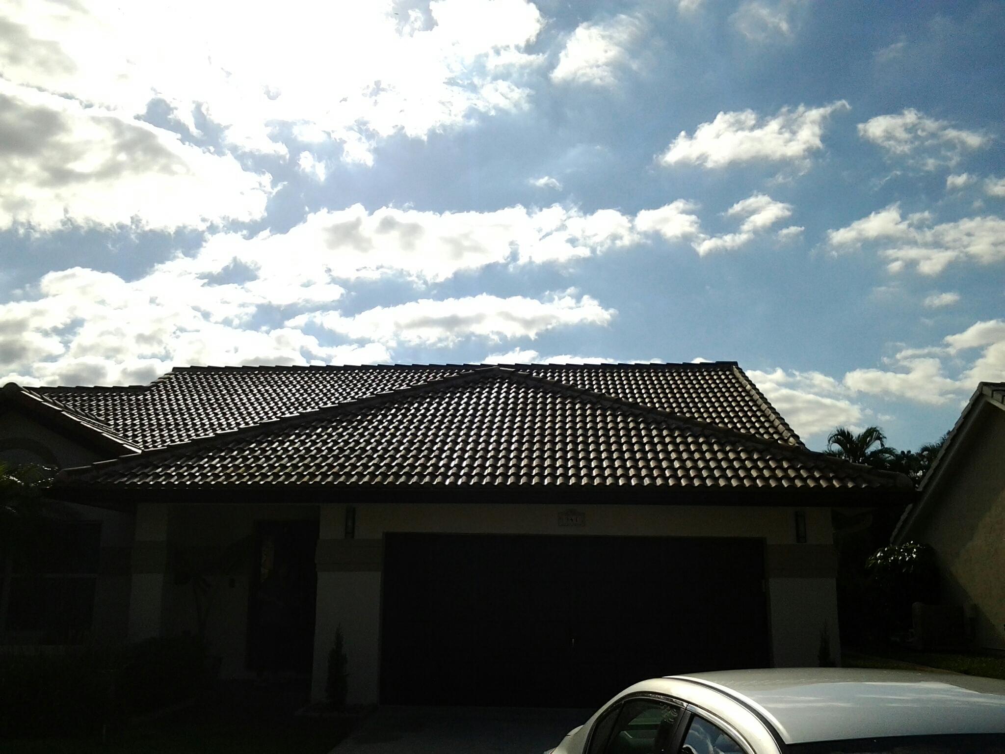 Pembroke Pines, FL - Roofacidde  roof