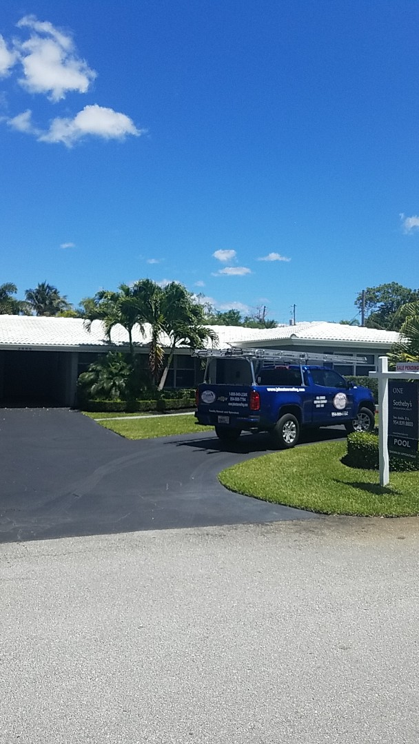 Oakland Park, FL - Eagle Malibu tiles reroof estimate by Aj from Earl Johnston Roofing Company