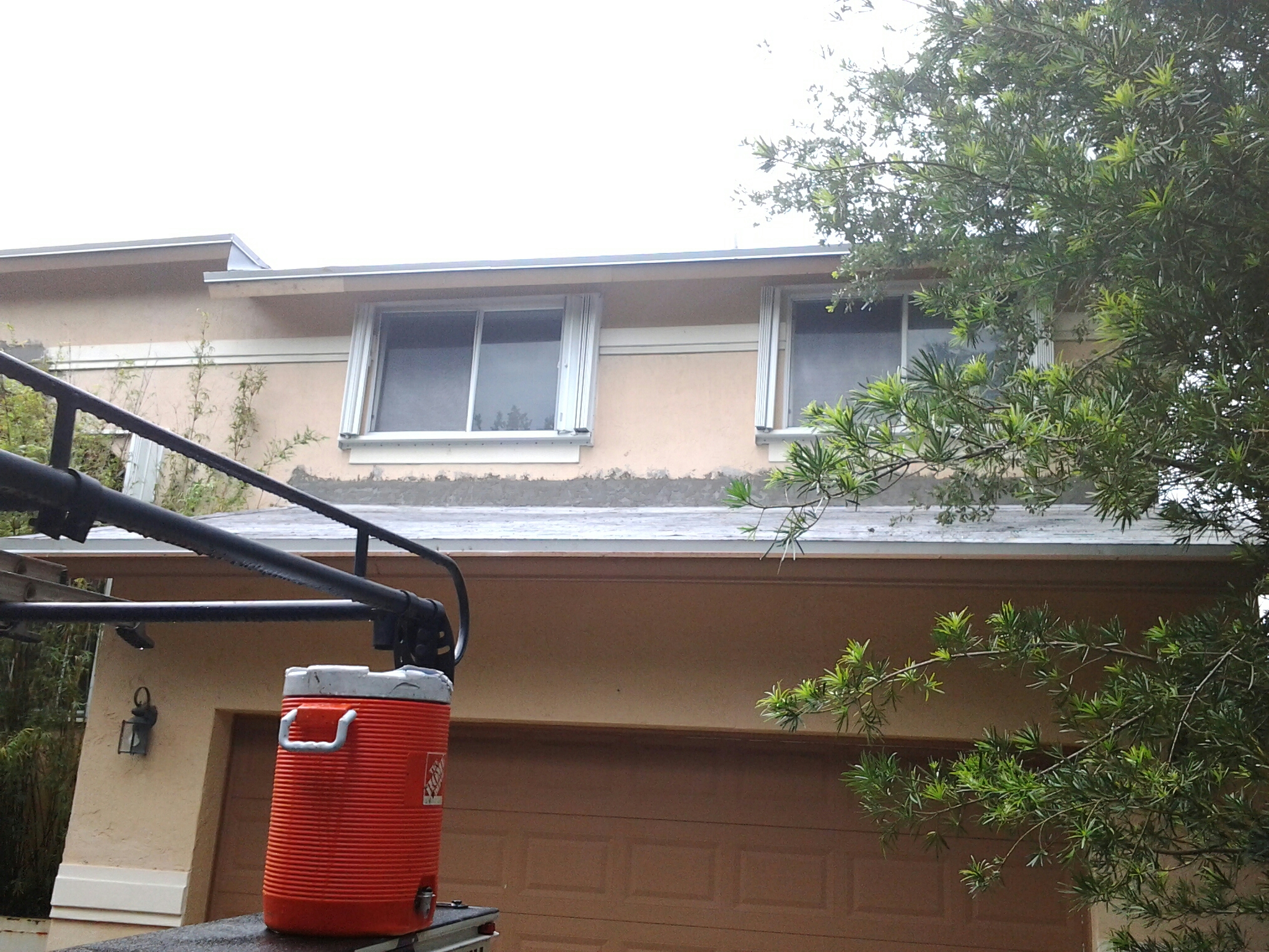 Pompano Beach, FL - Stucco work on roof