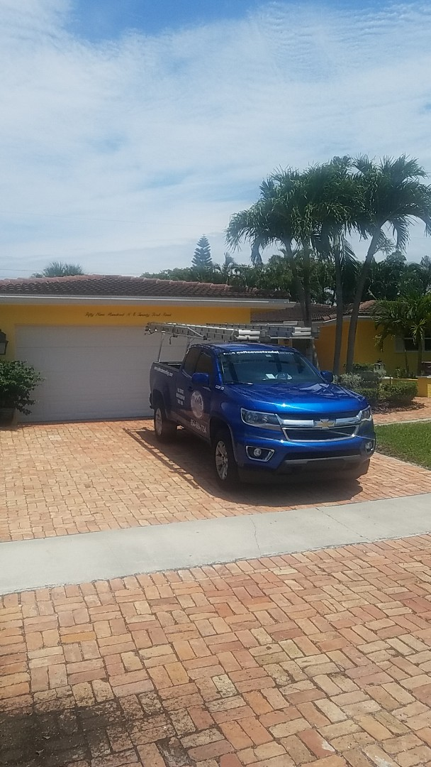 Fort Lauderdale, FL - GAF mineral cap sheet flat roof replacement estimate by Earl Johnston Roofing Company