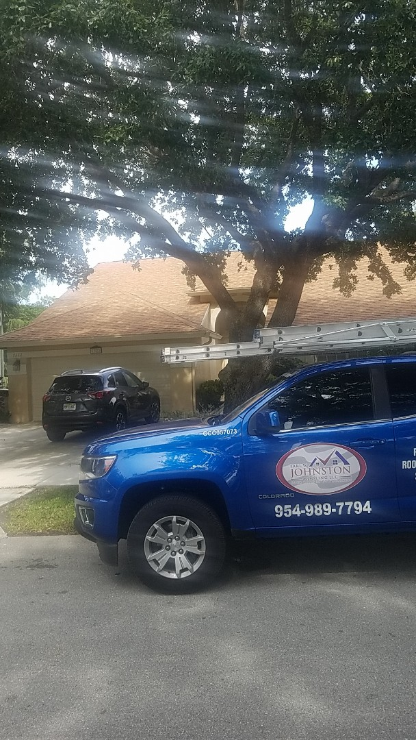 Fort Lauderdale, FL - Shingle roof leak repair estimate by Earl Johnston Roofing Company