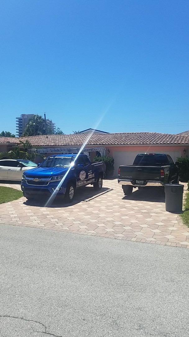 Lighthouse Point, FL - Tile roof leak repair estimate by Earl Johnston Roofing Company