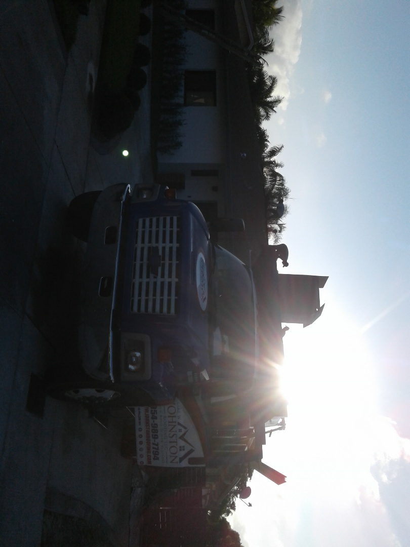 North Miami Beach, FL - Starting a 39sq shingle reroof in Miami, by Earl w Johnston roofing
