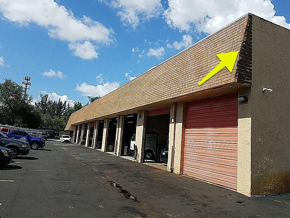 Plantation, FL - Shingle roof repair estimate in Plantation, FL
