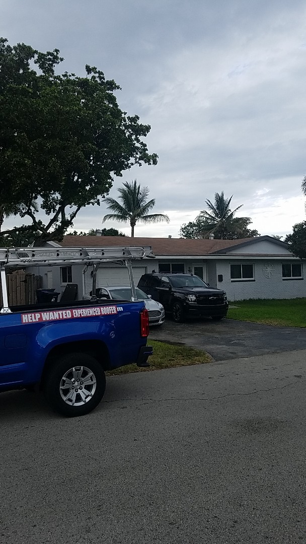 Fort Lauderdale, FL - GAF timberline HD shingles estimate by AJ from Earl Johnston Roofing Company