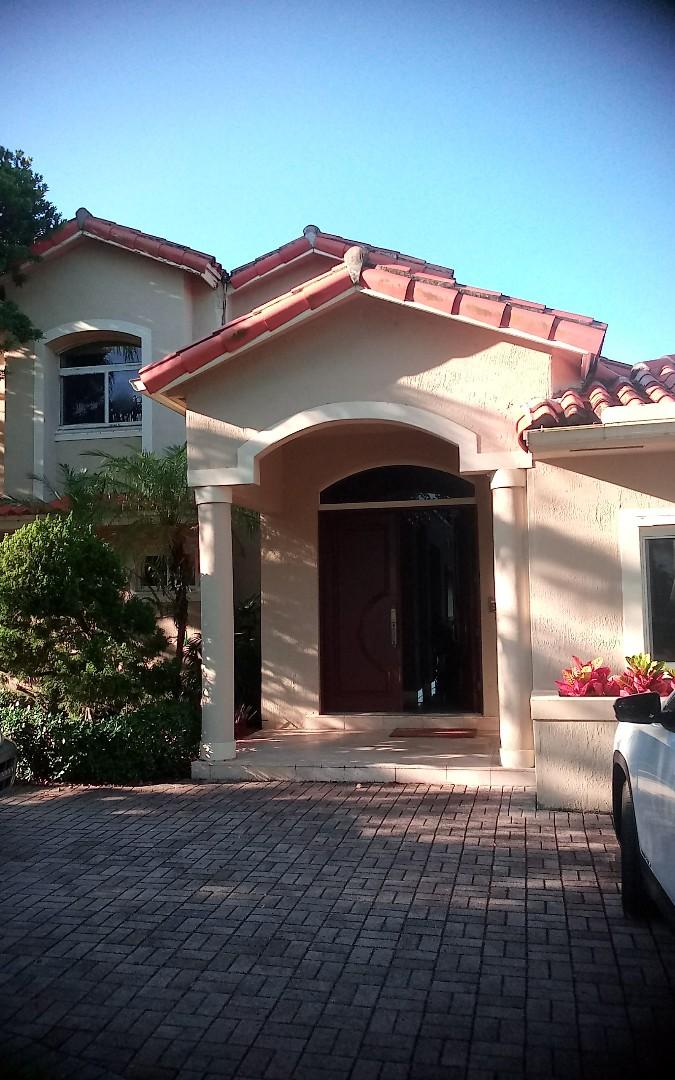 Miami, FL - Repair roof israel & alexis