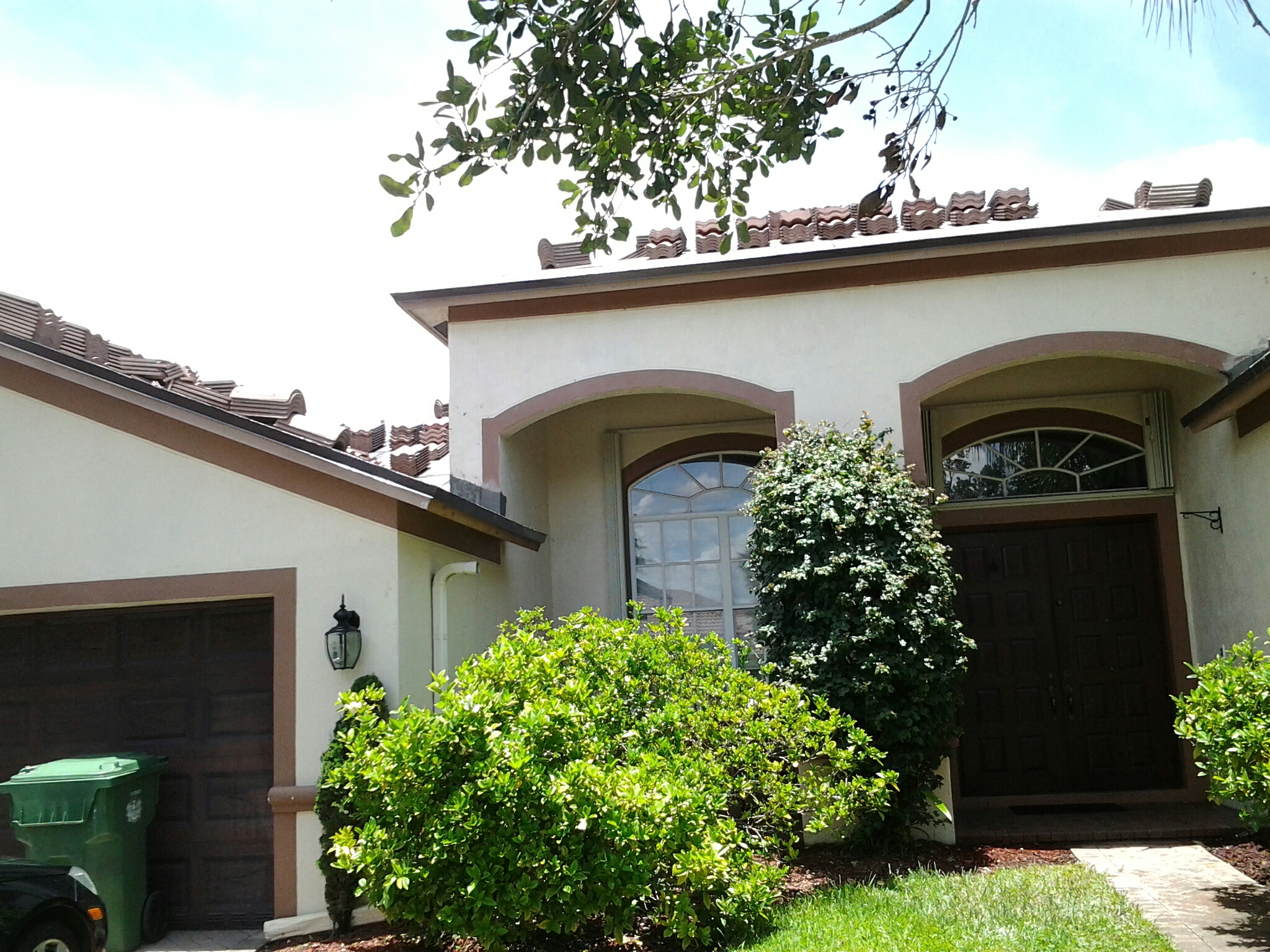 Weston, FL - Stucco work on roof