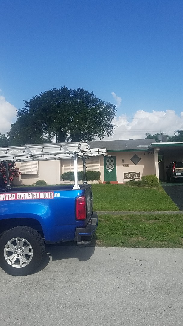 Hollywood, FL - Shingle roof leak repair estimate by Earl Johnston Roofing Company