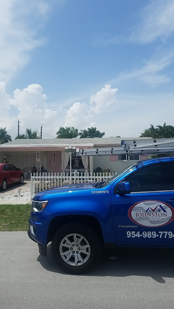 Fort Lauderdale, FL - Shingle roof leak repair estimate by Aj from Earl Johnston Roofing Company