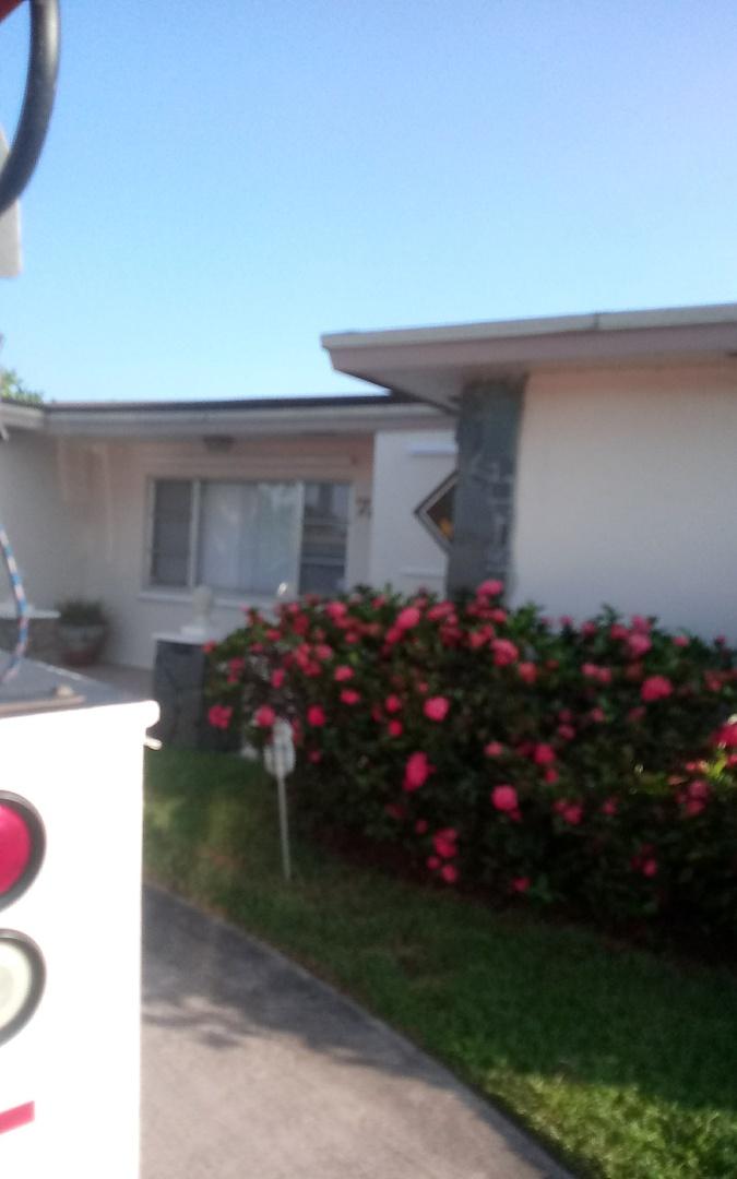 Hollywood, FL - Repair shingle oliver ,israel & Alexis
