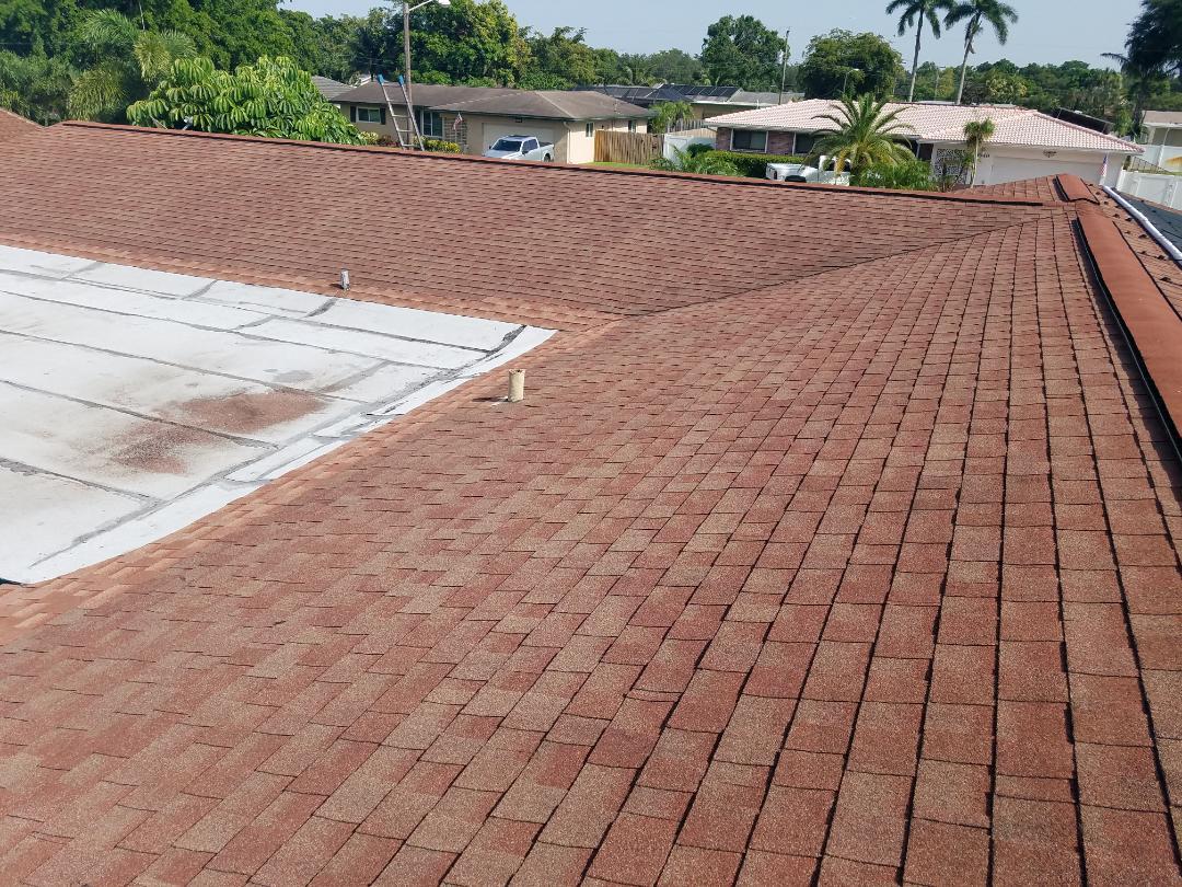 Plantation, FL - Shingle roof repair estimate in Plantation,FL
